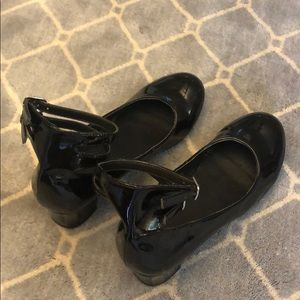 Double strap black high heel dress shoes for girls